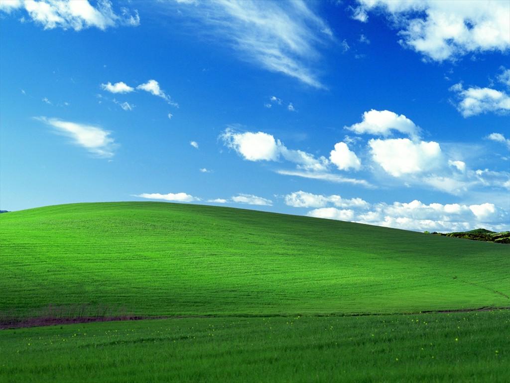 windows_bliss___media_center_by_kenguy5472_R
